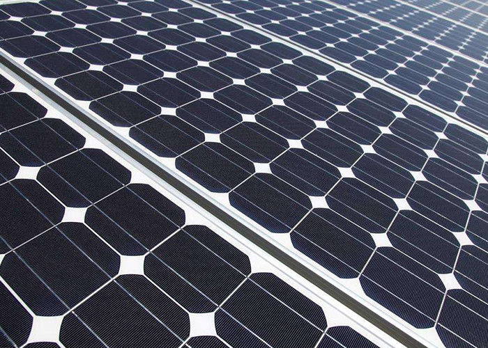 Renewable Silicon Solar Cell Panel 3.2 Millimeter Transmission Long Life Span